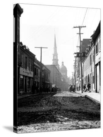 Montreal, Canada, 1912-Edward Hungerford-Stretched Canvas Print