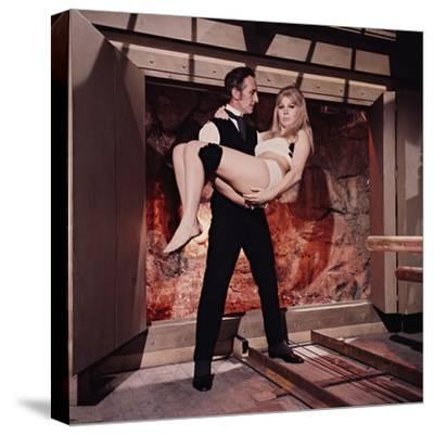 Peter Cushing, Susan Denberg, Frankenstein Created Woman, 1967--Stretched Canvas Print