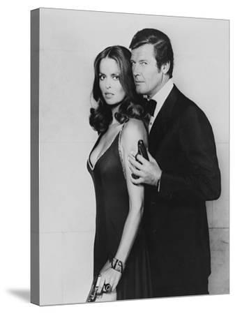 Roger Moore, Barbara Bach. the 007, James Bond: Spy Who Loved Me, 1977)--Stretched Canvas Print