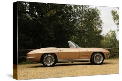 Chevrolet Corvette Stingray convertible 1964-Simon Clay-Stretched Canvas Print