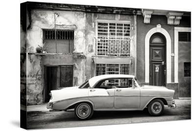 Cuba Fuerte Collection B&W - Classic American Car in Havana-Philippe Hugonnard-Stretched Canvas Print