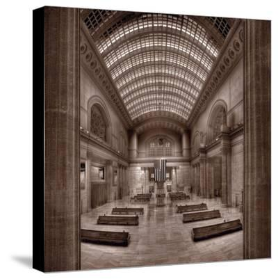 Chicagos Union Station BW-Steve Gadomski-Stretched Canvas Print