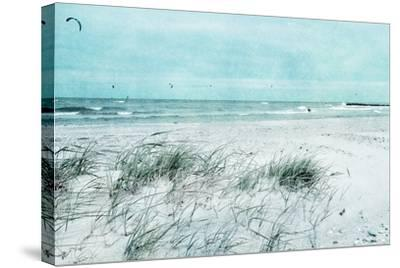 Beach Day-Iris Lehnhardt-Stretched Canvas Print