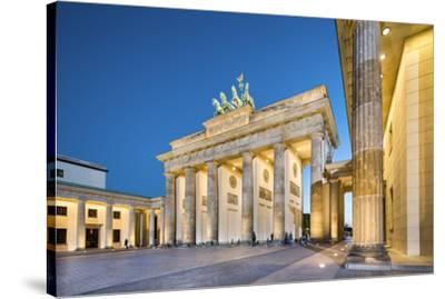 Brandenburg Gate, Pariser Platz, Berlin, Germany-Sabine Lubenow-Stretched Canvas Print