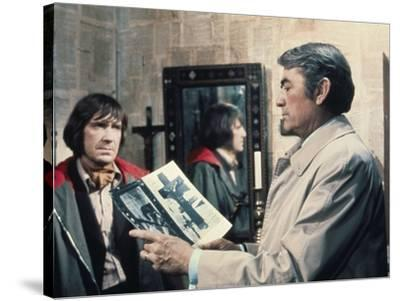 La Malediction THE OMEN by Richard Donner with David warner and Gregory Peck, 1976 (photo)--Stretched Canvas Print