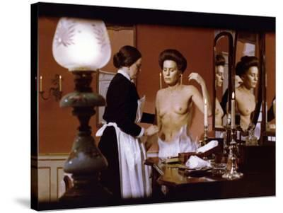 Cris and chuchotements (Viskningar Och Rop) by IngmarBergman with Ingrid Thul 1972 (photo)--Stretched Canvas Print