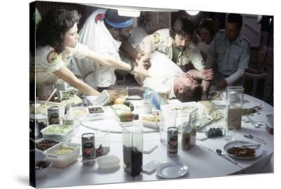 Alien, 1979 directed by Ridley Scott with Sigourney Weaver, Yaphet Kotto, John Hurt, Tom Skerritt a--Stretched Canvas Print