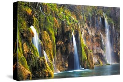 Croatia, Plitvice Lakes National Park. Waterfalls into stream.-Jaynes Gallery-Stretched Canvas Print