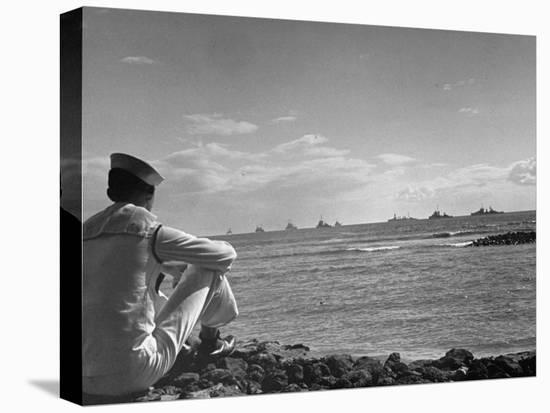 US Sailor Watching Navy Vessels on the Horizon-Carl Mydans-Stretched Canvas Print