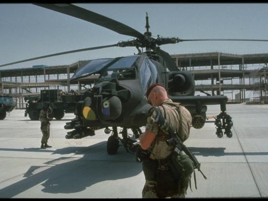 101st-airborne-division-loading-hellfire-missiles-onto-helicopter-desert-shield-operation_u-l-pa1jzq0.jpg