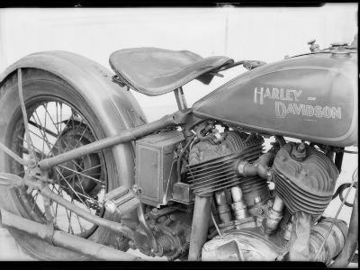 1929 Harley-Davidson Motorcycle-Dick Whittington Studio-Photographic Print