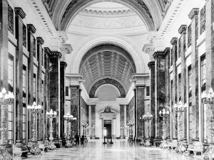 1930s-1940s Interior Main Hall Salon De Pasos Perdidos of Capitol Building Havana Cuba