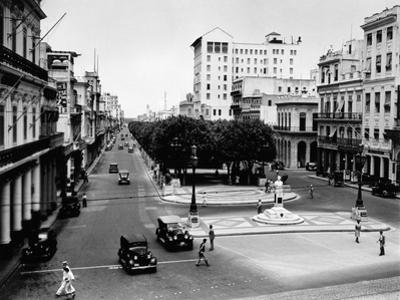 1930s-1940s Street Scene of the Prado Havana Cuba
