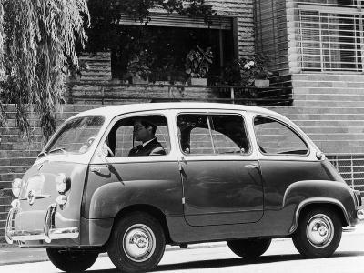 1963 Fiat 600 Multipla, (C1963)--Photographic Print
