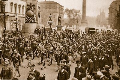 1st Battalion London Scottish Marching Through London on Arrival from France, May 16th, 1919--Photographic Print