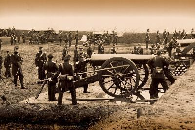 1st Connecticut Heavy Artillery Manning Guns in Fort Richardson, Late 1861--Photographic Print
