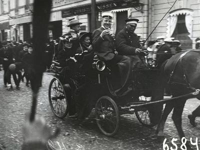 1st of May Celebrations in St. Petersburg, C.1905--Photographic Print