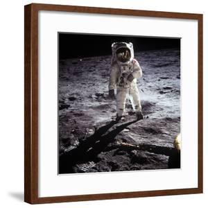 "1st Steps of Human on Moon: American Astronaut Edwin ""Buzz"" Aldrinwalking on the Moon"