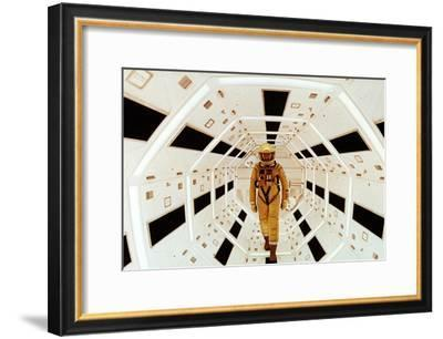 2001: A Space Odyssey Directed by Stanley Kubrick Avec Gary Lockwood--Framed Photo