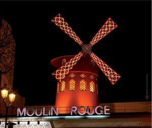 2010 Moulin at night