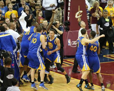 2015 NBA Finals- Game Six-Joe Murphy-Photo