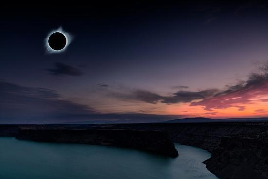 2018 total solar eclipse in Madras, Oregon over the Palisades State Park in path of totality-David Chang-Photographic Print