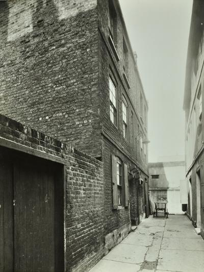 3-4 Cheshire Place, Bethnal Green, 1944--Photographic Print