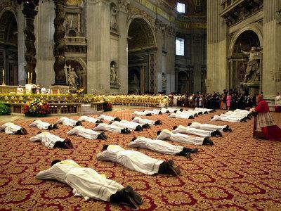 https://imgc.artprintimages.com/img/print/34-deacons-of-the-rome-diocese-lay-before-pope-john-paul-ii_u-l-q10ooo80.jpg?p=0