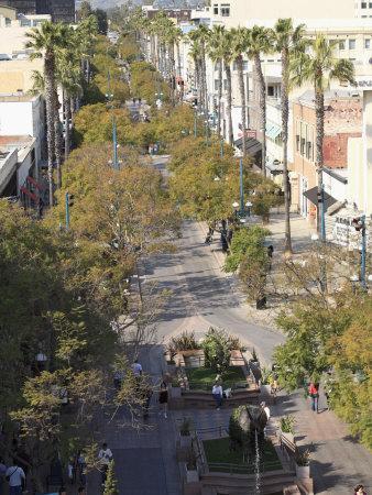 https://imgc.artprintimages.com/img/print/3rd-street-promenade-santa-monica-los-angeles_u-l-p8zkqf0.jpg?p=0