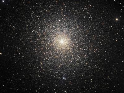 47 Tucanae (NGC 104), Globular Cluster in Tucana-Stocktrek Images-Photographic Print