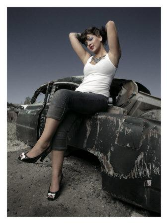 https://imgc.artprintimages.com/img/print/50-s-pin-up-girl_u-l-f213ti0.jpg?p=0