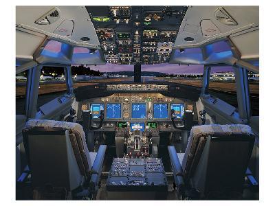 737 pilot-centered flight deck--Art Print