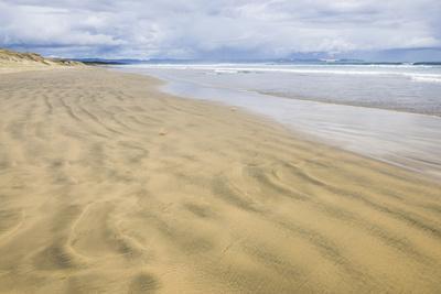 https://imgc.artprintimages.com/img/print/90-mile-beach-northland-north-island-new-zealand-pacific_u-l-q12qt5z0.jpg?p=0