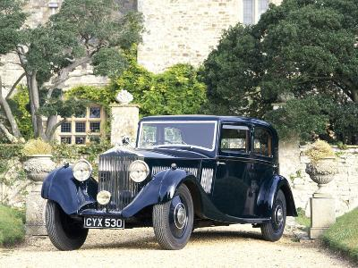 A 1935 Rolls-Royce 20/25--Photographic Print