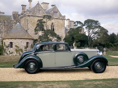 A 1938 Rolls-Royce Phantom III--Photographic Print
