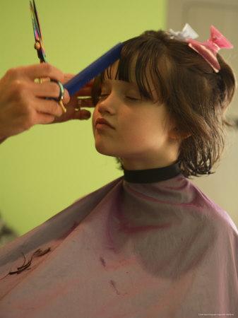 https://imgc.artprintimages.com/img/print/a-6-year-old-girl-gets-a-haircut_u-l-p4stua0.jpg?p=0