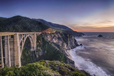 https://imgc.artprintimages.com/img/print/a-bixby-bridge-sunset_u-l-q10czug0.jpg?p=0