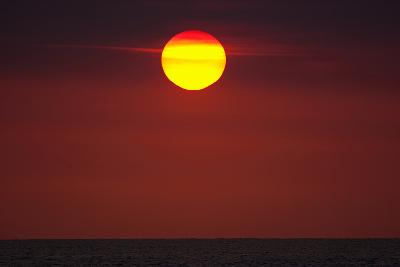 A Blazing Sunset over the Atlantic Ocean-Luis Lamar-Photographic Print
