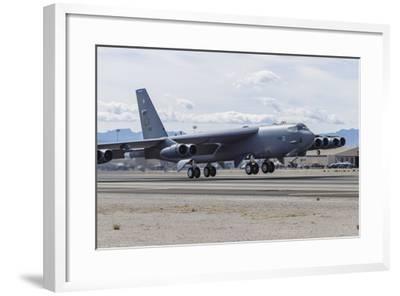 Unframed Aviation Photos B-52 Stratofortress