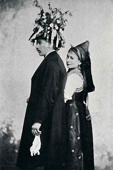 A bride and bridegroom of the Black Forest, 1912-E Uhlenhuth-Photographic Print