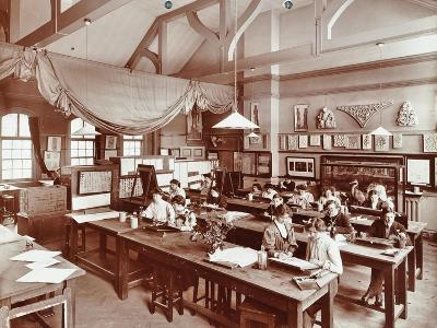 A Class at the Camberwell School of Arts and Crafts, Southwark, London, 1907--Photographic Print