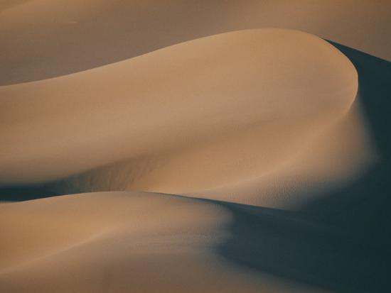 A Close View of Sand Dunes-Bill Curtsinger-Photographic Print