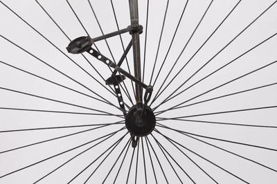 https://imgc.artprintimages.com/img/print/a-columbia-high-wheel-bicycle_u-l-pw3bsw0.jpg?p=0