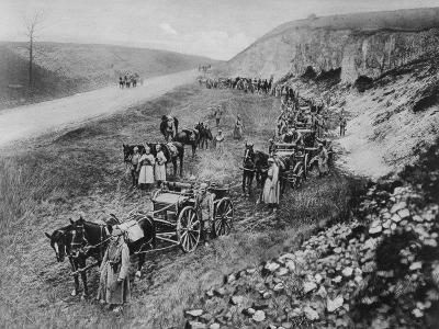 A German Machine-Gun Unit, World War I, 1915--Giclee Print