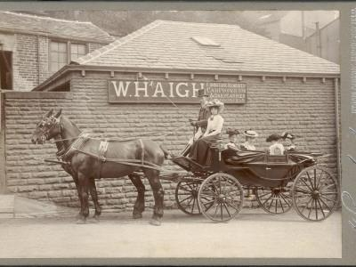A Huddersfield Horse Cab--Photographic Print