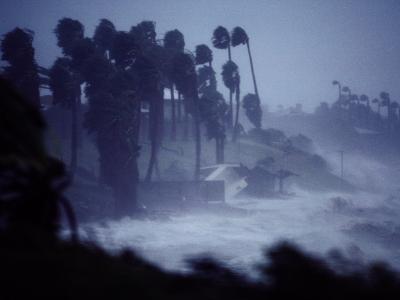 A Hurricane Lashes the Coast Near Corpus Christi-Annie Griffiths Belt-Photographic Print