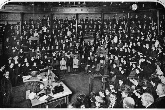 A lecture at the Royal Institution, London, c1903 (1903)-Unknown-Photographic Print