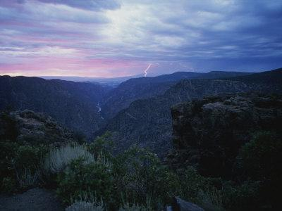 https://imgc.artprintimages.com/img/print/a-lightning-storm-at-the-black-canyon-of-the-gunnison-colorado_u-l-p4pjdk0.jpg?p=0