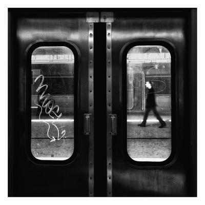 https://imgc.artprintimages.com/img/print/a-lonely-passage_u-l-f8syp10.jpg?p=0