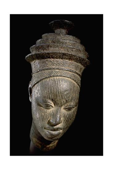 A Miniature Head Rom an Ancestral Shrine--Giclee Print